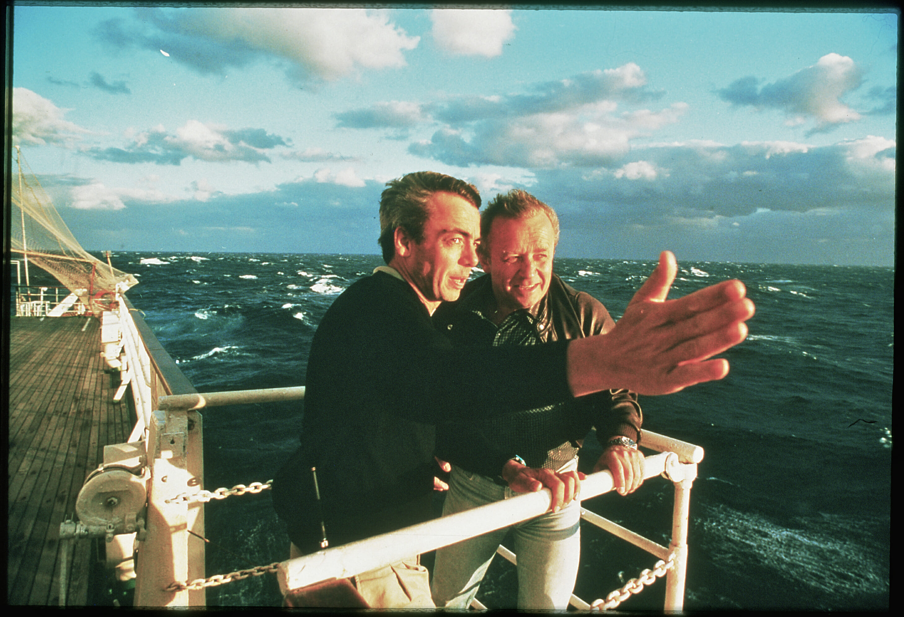 Stephen Low and Anatoly Sagelevitch during filming of Titanica (1991)