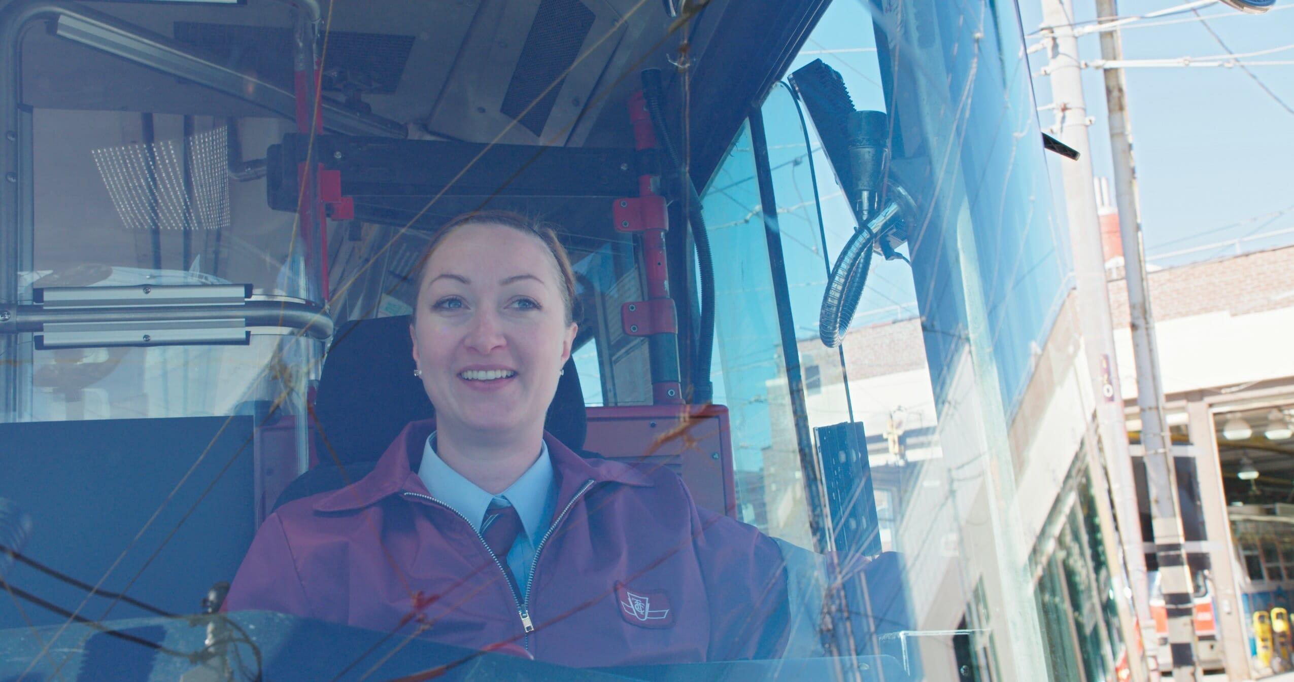 tro-d-LRV female driver_35